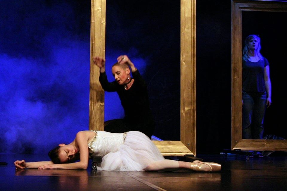 festival-zolotii-lev_-vistava-tango-metelika-n_aldo.jpg (110.22 Kb)